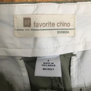 GAP Shorts - Gap Favorite Chino Shorts